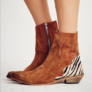 Free People Last Outlaw Brown Suede Ankle Boots 37